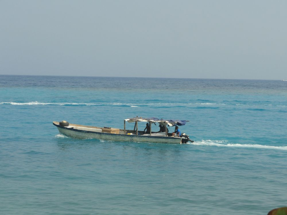 Laura im Boot